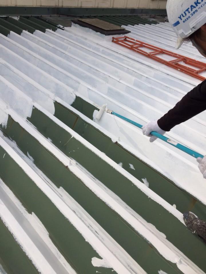 屋根下塗り3